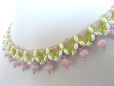 FREE beading pattern for Twin Flanked Drops necklace
