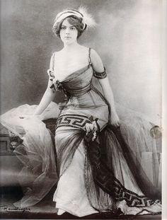 Mata Hari | MATA-HARI