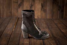 www.froufroushoes.com Frou Frou Shoes Black Boots