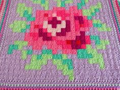 Betty&Annie: Meet Rose... the crochet tablecloth  project (529 granny squares)