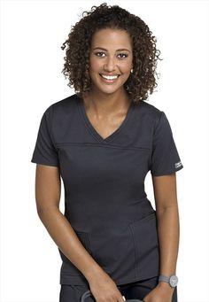 Cherokee Workwear Stretch shaped v-neck scrub top. Cute Scrubs Uniform, Spa Uniform, Casual Work Outfits, Work Attire, Medical Scrubs, Nursing Scrubs, Cute Nurse, Cherokee Scrubs, Medical Uniforms