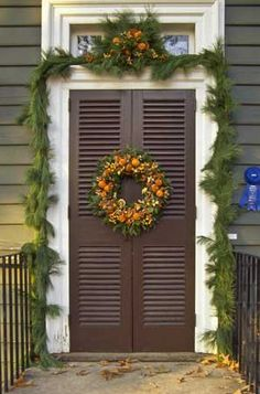 Decorate your home with zero-waste decor that can be reused, recycled or consumed—instead of toxic landfill trash. The Christmas decorations of Colonial Williamsburg offer inspiration for using natural decor.