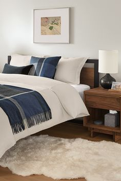 Modern sheepskin rug Guest Bedrooms, Two Bedroom, Bedroom Ideas, Modern Entryway, Entryway Furniture, Sheepskin Rug, Soft Seating, Spare Room, Modern Rugs