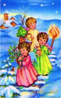 Joyeux Noël - Trois anges reviennent de l'église s'éclairant d'un flambeau et portant houx, cadeaux et un petit sapin dans un panier - 1957 (from http://mercipourlacarte.com/picture?/1490/)