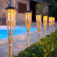 interessante Lampen Bambus LED Gartenbeleuchtung