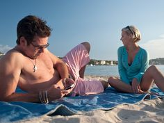 3 Ways To Control Your Phone Addiction On Vacation - SA Business Index