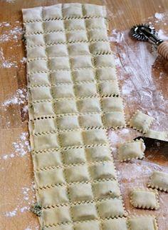 Scrumpdillyicious: The Lost Ravioli Recipes of Hoboken homemade pasta Italian Dishes, Italian Recipes, Pasta Recipes, Cooking Recipes, Recipe Pasta, Homemade Pasta, Homemade Ravioli Recipe, Ravioli Dough Recipe Kitchenaid, Homemade Breads