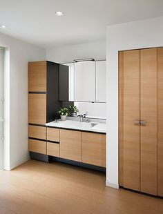 Wardrobe Door Designs, Wardrobe Doors, Japanese Home Design, Japanese House, Wash Basin Cabinet, Japanese Bathroom, Washroom, Interior Design Living Room, House Design