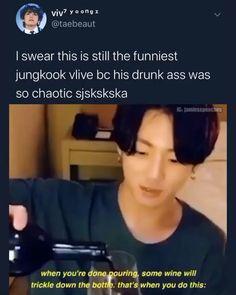 This still cracks me up 🤣 Kookie Bts, Bts Taehyung, Bts Bangtan Boy, Bts Boys, Foto Bts, Bts Photo, Bts Memes Hilarious, Bts Funny Videos, Taekook