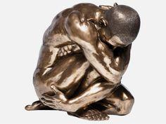 Figurka Dekoracyjna Nude Man Hug — Dekoracje stojące — KARE® Design