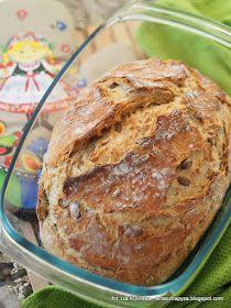 chleb-pszenny-pieczony-w-naczyniu-zaroodpornym Bread Machine Recipes, Bread Recipes, Cake Recipes, Cooking Recipes, Polish Recipes, Pumpkin Cheesecake, Vegan Baking, Food Dishes, Food To Make