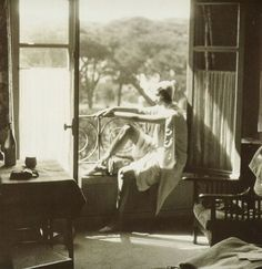 Jacques-Henri Lartigue  Renée.Juan-les-Pins, May 1930, vialiquidnight