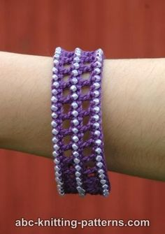Classical Antiquity Crochet Bracelet Tutorial &Video ༺✿Teresa Restegui http://www.pinterest.com/teretegui/✿༻