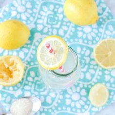Looking for a delicious new Lemonade Recipe? Try our Pineapple Lemonade Recipe. Making homemade lemonade, simple! Best Lemonade, Pineapple Lemonade, Lemonade Cocktail, Homemade Iced Tea, Homemade Lemonade Recipes, Blender Recipes, Gourmet Recipes, Copycat Recipes, Food Network