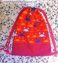 mi rincón de mariposas: Tutorial: bolsa de tela -vuelta al cole- Couture, Sewing Projects, Lunch Box, Baby, Necklaces, Scrappy Quilts, Girls Bags, Sew Bags, Kids Backpacks