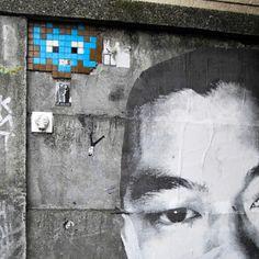 Space invader - Street Art Paris - streetartparis.org #spaceinvader #streetart
