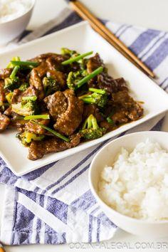 Esqueça o fast food - esta receita de carne com brócolis entrega todo o sabor sem os níveis insanos do sódio e gordura. É um prato vibrante, com inspiração asiática e que fica pronto em menos de 15 minutos. | cozinhalegal.com.br