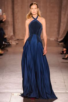 What a young Lysa would have worn, Zac Posen