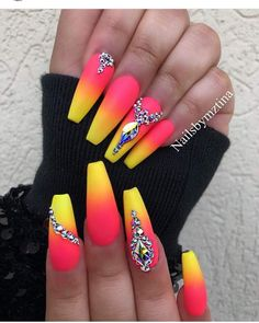 If you start thinking about what kind of nail design you want this year, why not consider neon nail art designs? It's a trend we can't get rid of because they look cool. The advantage of neon nails is that you can mix different designs together. Bright Summer Acrylic Nails, Best Acrylic Nails, Bright Nails Neon, Summer Nails Neon, Bright Nail Art, Colorful Nail Art, Acrylic Gel, Neon Nail Designs, Acrylic Nail Designs