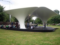 Zaha Hadid temporary Serpentine Pavillion 2007