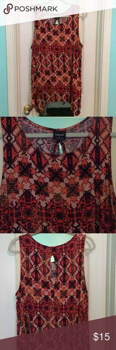 Vibrant Red, Coral, Peach Print Sleeveless Top Vibrant Red, Coral, Peach Print Sleeveless Top -- by Wallpaper (Nordstrom brand) -- size XL -- handkerchief hi-lo hem -- work to play -- pair with a suit, a cardigan, or on its own -- dress up with a skirt or down with denim or leggings - 97%rayon 3% elastane -- super comfortable and soft -- back features a keyhole detail for some sass 💖 Wallpaper Tops