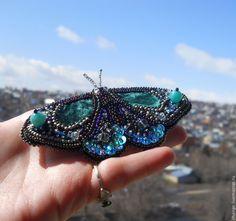 """Купить Брошь """"Emerald butterfly"""" (БРОНЬ!) - изумрудный, изумрудно-зеленый, бабочка, брошь ручной работы"""
