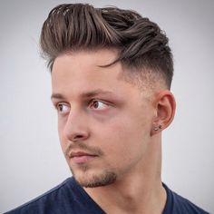 Check out these cool and modern ways to wear the quiff haircut. Add a peak to a pompadour, spikes or any fade haircut for men. Mens Modern Hairstyles, Older Mens Hairstyles, Quiff Hairstyles, Cool Haircuts, Haircuts For Men, Men's Haircuts, Types Of Fade Haircut, Modern Quiff, Quiff Haircut