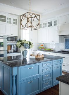 Blue Cabinets With Black Countertops - Design photos, ideas and inspiration. Amazing gallery of interior design and decorating ideas of Blue Cabinets With Black Countertops in pools, laundry/mudrooms, bathrooms, kitchens by elite interior designers. Blue Kitchen Island, White Kitchen Cabinets, Kitchen Redo, Kitchen Dining, Upper Cabinets, Wall Cabinets, Square Island Kitchen, Blue Kitchen Ideas, Painted Kitchen Island