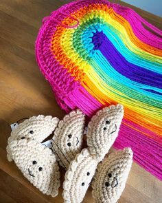 "Steel Wool (@steelwoolyarns) добавил(-а) фото в свой аккаунт Instagram: ""Rainbows and 'rogies! Get them at @lovepittsburghshop 🌈 🥟 . . . #rainbow #crochetrainbow…"""