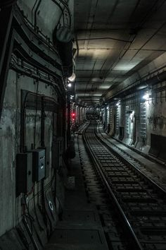 MTL Writer, daydreamer and resident cyberpunk. The brain that collates this visualgasm also assembles words into post-cyberpunk dystopia: my. Cyberpunk City, Ville Cyberpunk, Sci Fi Environment, Environment Design, Level Design, Metro Paris, Moscow Metro, U Bahn, Shadowrun