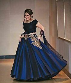 Indian Gowns Dresses, Pakistani Dresses, Bridal Dresses, Indian Attire, Indian Wear, Indian Outfits, Lehenga Designs, Red Lehenga, Lehenga Choli