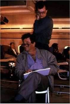 Les Ailes du désir : photo Peter Falk, Wim Wenders. Columbo Tv Series, Columbo Peter Falk, Good Movies, Actors & Actresses, My Books, I Am Awesome, Nostalgia, Tv Shows, Hollywood