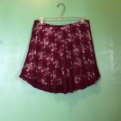 New lace skirt with nude undertone New lace skirt with nude undertone in burgundy Skirts