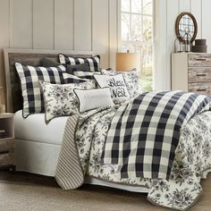 Who doesn't love black and white together? Our Camille Comforter Set instantly creates the perfect modern farmhouse feel for your bedroom. The black and white buffalo check adds a welcoming touch that will complement any accessory. Plaid Bedroom, Plaid Bedding, Farmhouse Bedding Sets, Farmhouse Bedroom Decor, Rustic Farmhouse, Country Bedding Sets, Farmhouse Style Bedrooms, Online Bedding Stores, Affordable Bedding
