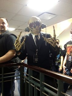 Vic Rattlehead backstage at Madison Square Garden, NYC. http://yfrog.com/5fdt65j