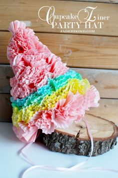 Mom/Jess: Turn cupcake liners into a fabulous party hat! Elmo Party, Candy Party, Diy Party, Mickey Party, Party Crafts, Dinosaur Party, Dinosaur Birthday, Party Ideas, 2nd Birthday Parties