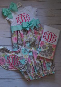 Newborn Baby Girl Coming Home Gown; Take Home Outfit; Coming Home Outfit; Pink Aqua and Grey Paisley Gown; Handgemachtes Baby, Baby Girl Newborn, Diy Baby, Sewing Baby Clothes, Baby Sewing, Babies Clothes, Babies Stuff, Baby Shower Gifts, Baby Gifts