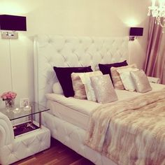 glam // tufted headboard YES! this is what I want my room to look like.