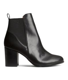 H&M Boots KN299