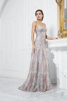 e595f5ecb32 АРЕНДА- Платье Платье . Цена - 7180 р. за 3 дня