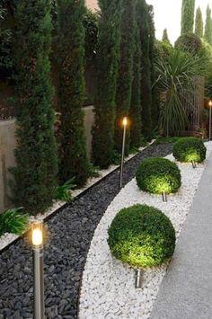 Modern Landscape Design, Modern Garden Design, Garden Landscape Design, Landscape Bricks, House Landscape, Contemporary Design, Small Backyard Landscaping, Landscaping With Rocks, Modern Landscaping