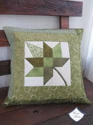Resultado de imagem para almofadas em patchwork com fotos