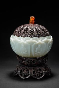 Realized Price: $8,500.00 A WHITE JADE 'LOTUS PETAL' CENSER WITH ZITAN COVER✖️FOSTERGINGER AT PINTEREST ✖️