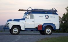 1957 International S-120 Civil Defense truck