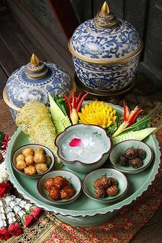 Thai Recipes, Asian Recipes, Traditional Thai Food, Thai Food Menu, Authentic Thai Food, Thai Dessert, Thai Dishes, Side Dishes, Food Concept