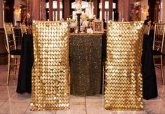 Sparkly gold chair covers - so glamorous #wedding #gold #goldwedding #reception #decor