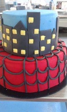 Tort si prajituri Andrea: Tort Spiderman Spiderman, Birthday Cake, Desserts, Food, Spider Man, Tailgate Desserts, Birthday Cakes, Deserts, Eten
