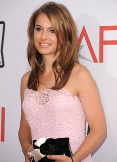 0611-natalie-portman-hair-highlights_bd.jpg