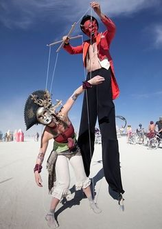 trippy burning man fashion / wasteland puppet & puppeteer / THIS IS SICK!!