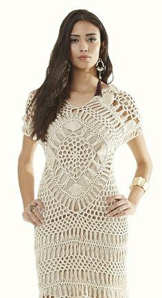 Siga o passo a passo, receita e gráfico para fazer esse lindo vestido crochê de grampo